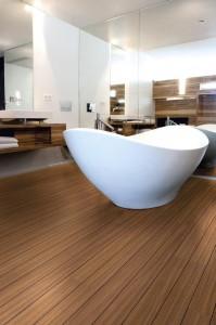 pardoseala-lemn-pentru-baie