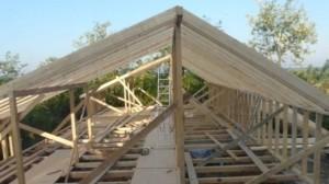 sarpanta-lemn-beton-metal