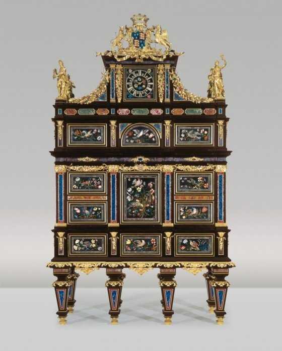piese de mobilier de colectie